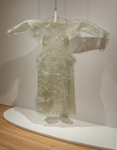 Wang Jin, The Dream of China: Dragon Robe, 1997. Installation view at Wrightwood 659.