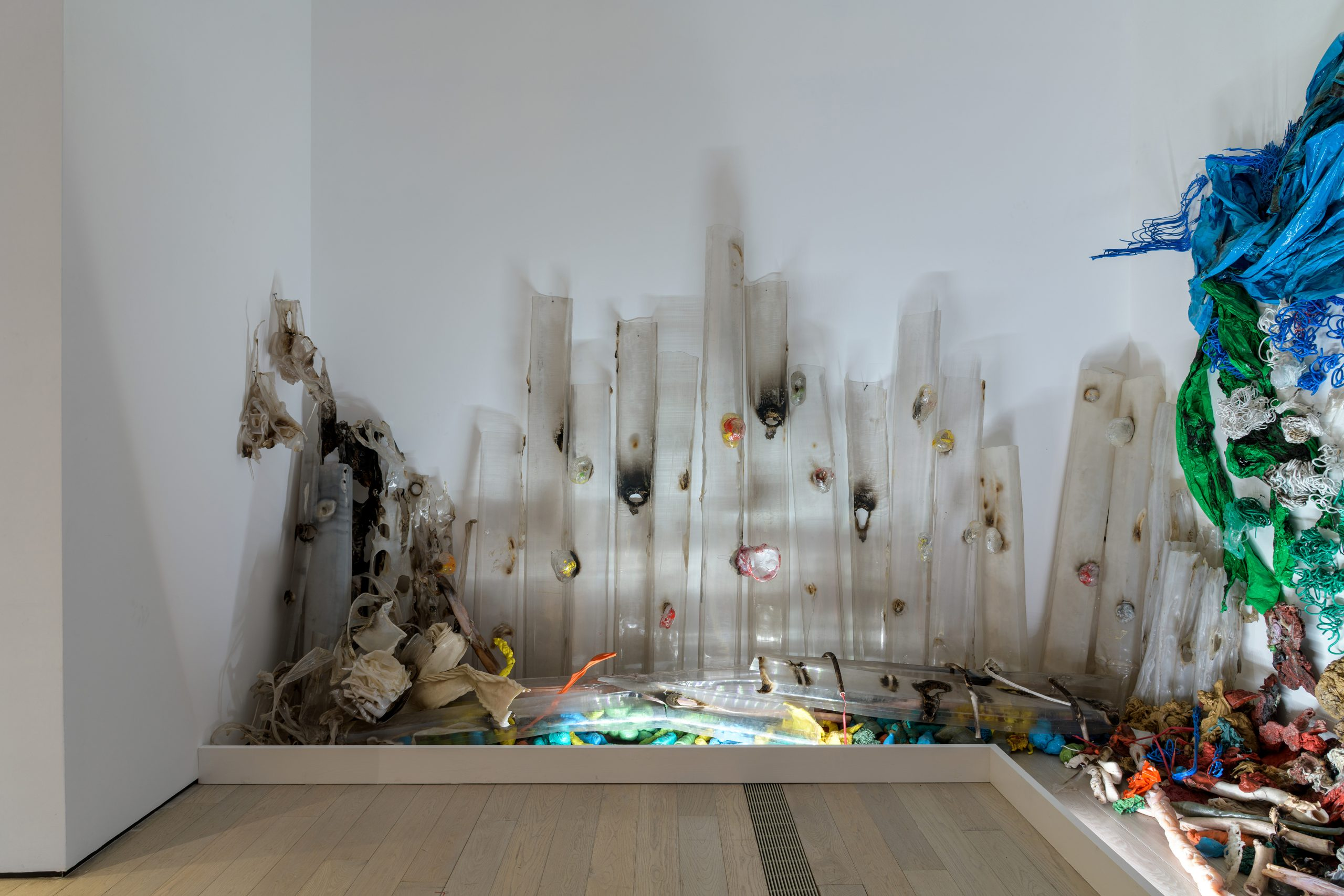 Gu Dexin, Untitled, 1989. Installation view, The Allure of Matter: Material Art from China, Los Angeles County Museum of Art, 2019–20. Photo courtesy of Museum Associates/LACMA.