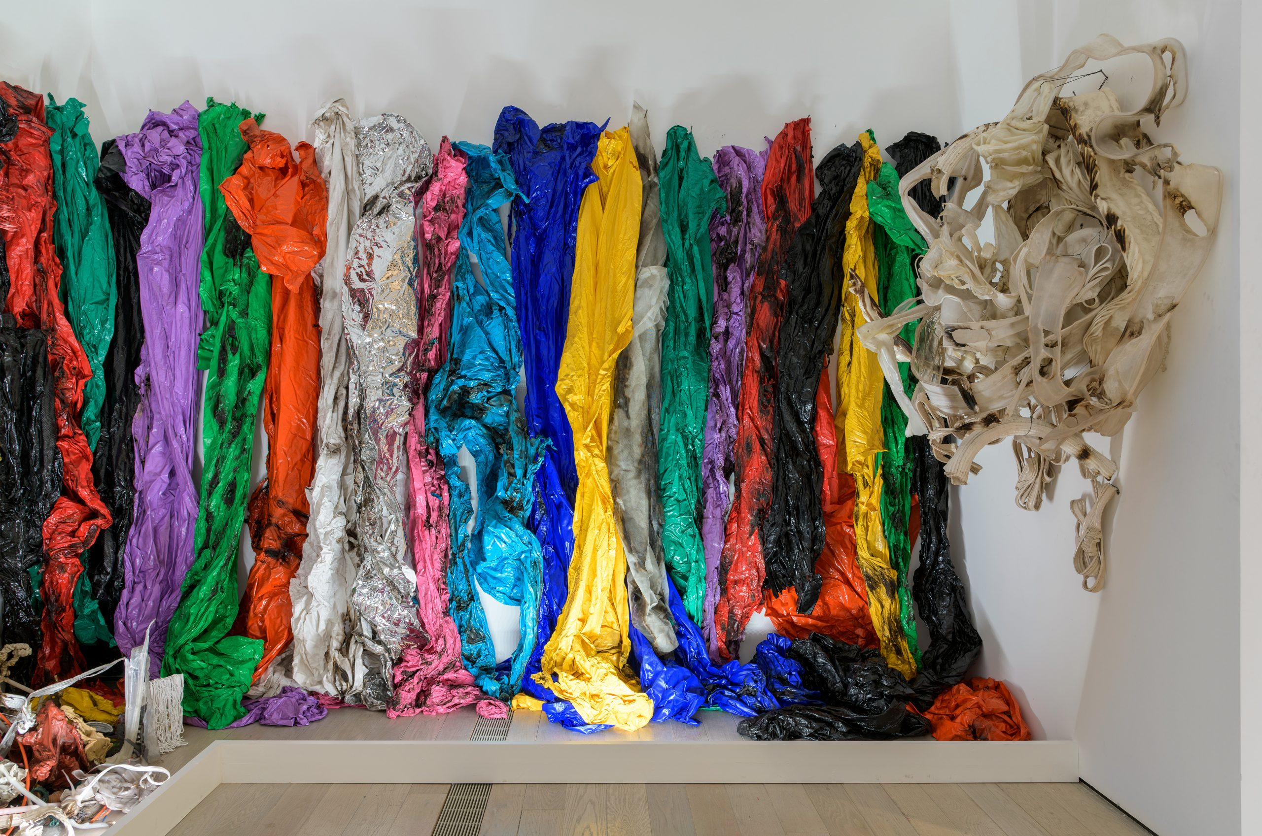 Gu Dexin, Untitled, 1989, Melted and adjoined plastic, 126 x 314 15/16 in. (320 x 800 cm), Musée d'art contemporain de Lyon. Photo © Museum Associates/ LACMA