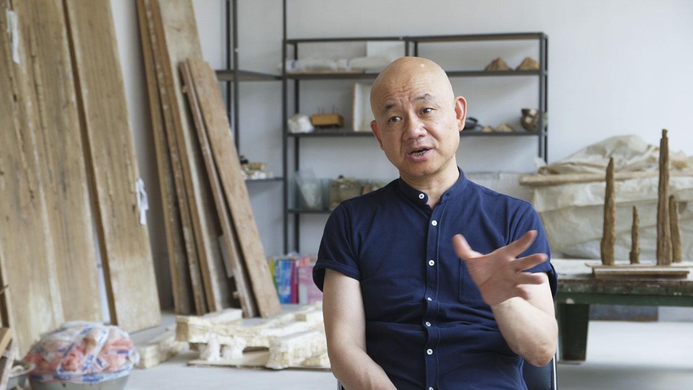 Still from Smart Museum of Art's artist interview with LIU Jianhua