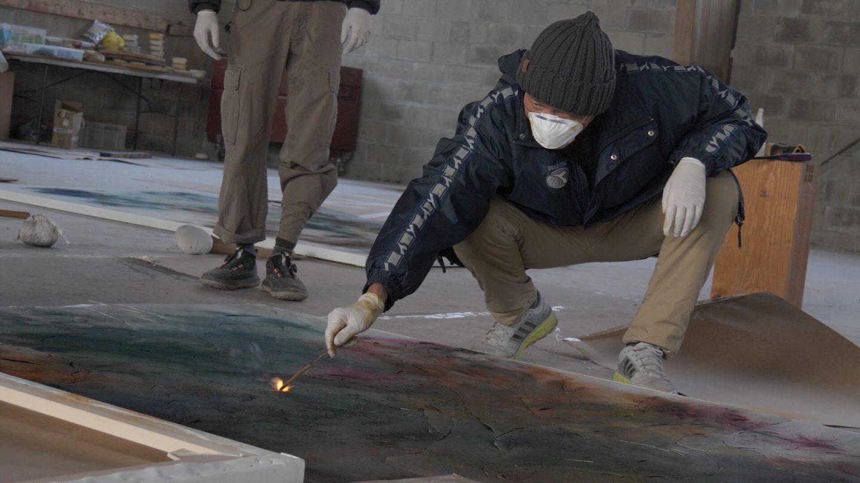 Cai Guo-Qiang creating gunpowder paintings, 2018. Videography by Lin King. Courtesy of Cai Studio.