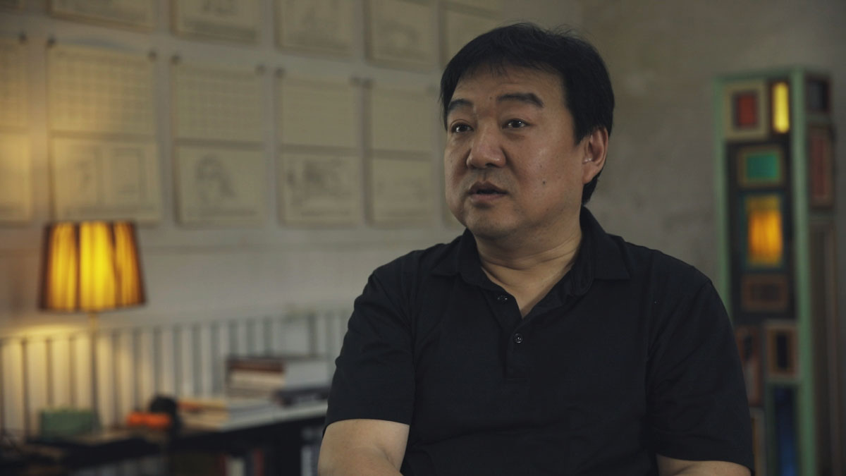Still from Smart Museum artist interview with Song Dong